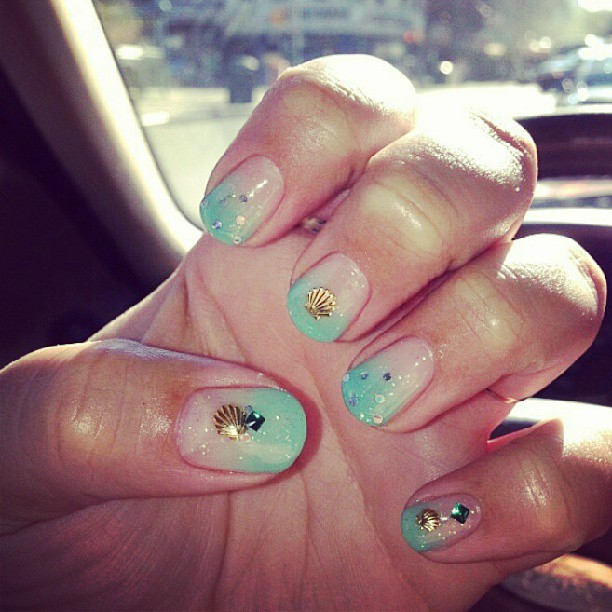 Top 3 Nail Art Instagram Accounts To Follow The Dumbbelle