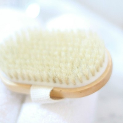 How To Dry Brush Skin (The Right Way)