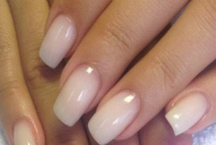 How To Grow Stronger Nails – Tips That Work