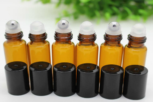 Essential Oil Rollerball Recipes + Roller Bottles